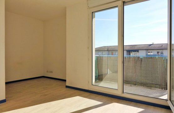 RENTED! BLAGNAC IUT T1 of 23 m ² + balcony and parking
