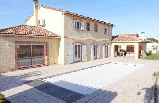 VENDU CUGNAUX Maison T6 de 220 m² + dépendance 92 m² + garage de 42 m² + piscine
