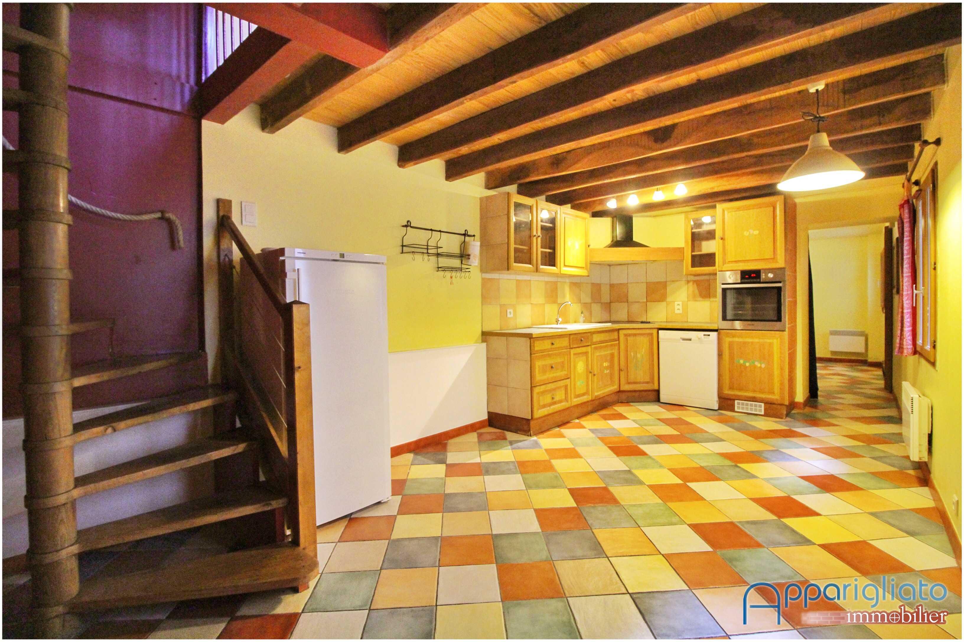 la maison du carrelage balma stunning elegant facile sur loeil couleur peinture maison. Black Bedroom Furniture Sets. Home Design Ideas