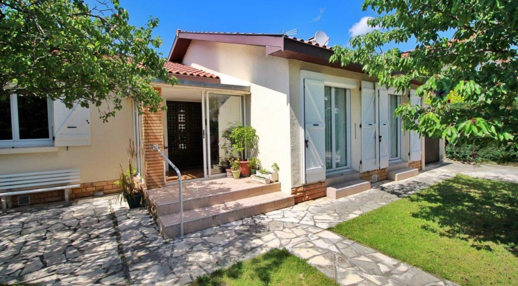 Garage Blagnac : vendu blagnac maison t4 plain pied avec garage et buanderie agence immobili re blagnac 31700 ~ Gottalentnigeria.com Avis de Voitures