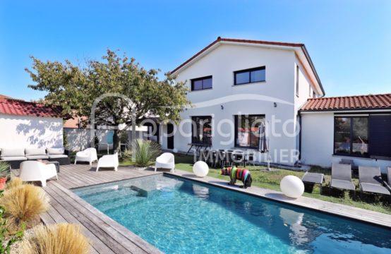 VENDU! BLAGNAC Maison Contemporaine T6 de 225 m² + Garage Atelier & Piscine sur 600 m²