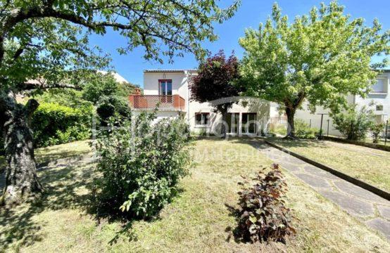 VENDU! EXCLUSIVITÉ BLAGNAC quartier Layrac Maison individuelle T5 sur 480 m² piscinable