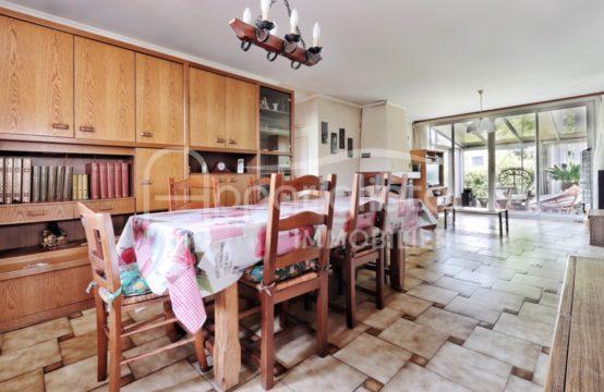 VENTE BEAUZELLE Maison T5 Plain-pied sur 420 m² piscinable