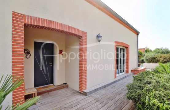EXCLUSIVITÉ VENTE PECHABOU Maison individuelle rénovée T6 / T7 de 205 m² sur 1210 m² avec Piscine