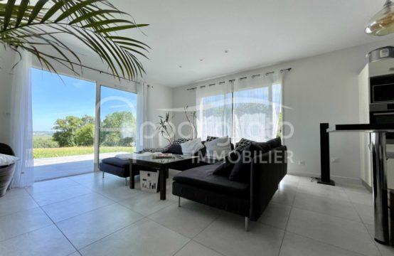 SOUS COMPROMIS! EXCLUSIVITÉ VENTE L'ISLE JOURDAIN Maison T5 plain pied de 2021 + Garage sur 1600 m² piscinable