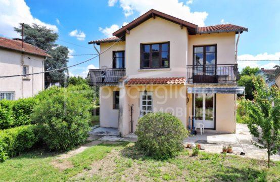 EXCLUSIVITÉ VENTE BLAGNAC Les Prés Spacieuse Maison individuelle de 175 m² + Double Garage 77 m² sur 1150 m² piscinable